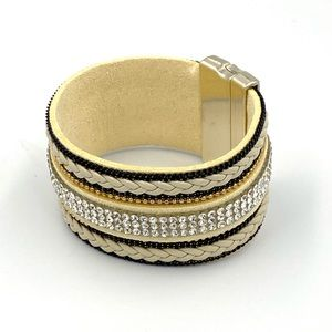 Rhinestone Snap Bracelet with Magnetic Clasp *New*